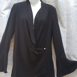 URBAN OUTFITTERS WRAPPED BLOUSE XS